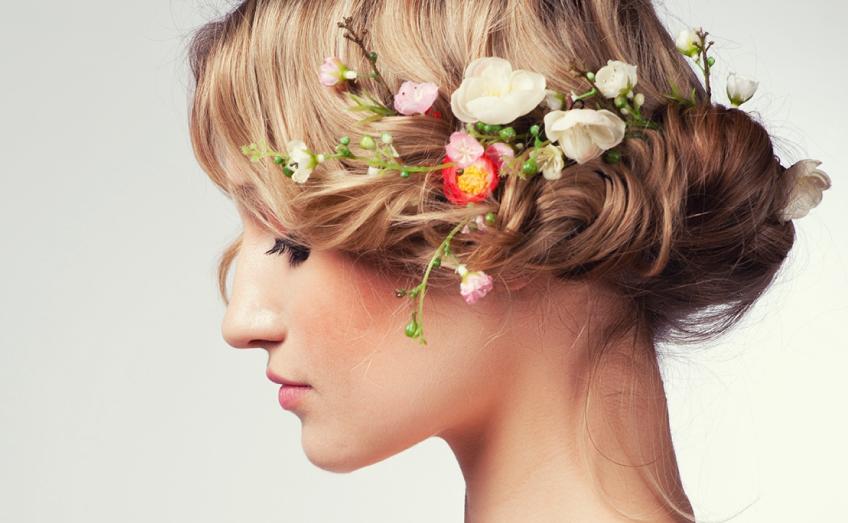 Come prendersi cura dei capelli in primavera